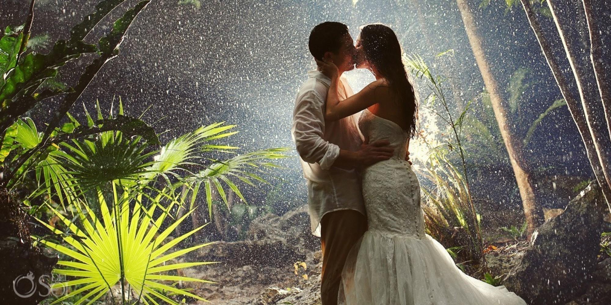 Ti pari so se odpovedali nevarnosti za svoje poročne fotografije, in-4771
