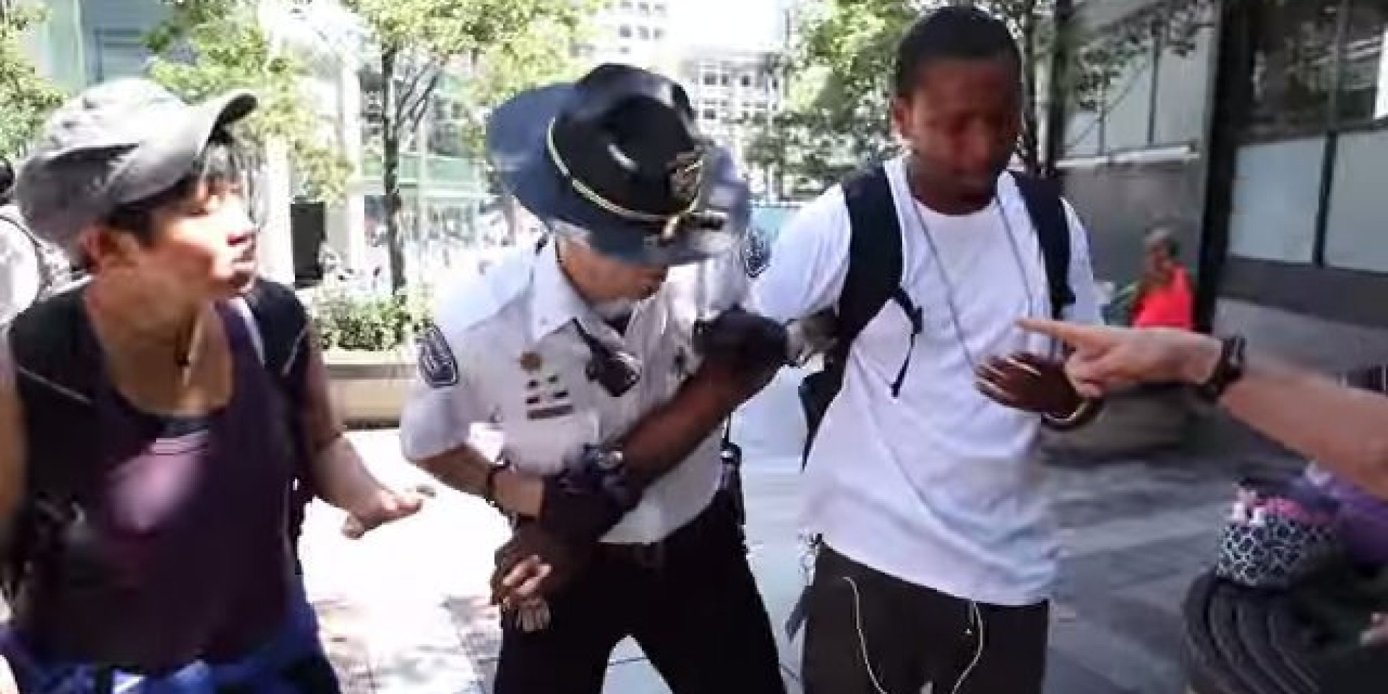 Mall Cop Reportedly Pepper-Sprays Black Man, Ignores Racist Heckler At Pro-Palestine Protest