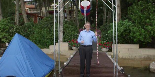 Bill Gates répond au Ice bucket challenge de Mark Zuckerberg