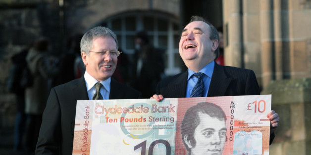 First Minister Alex Salmond and Clydesdale Bank chief David Thorburn at Edinburgh Castle where he announced new designs for bank notes in a Homecoming initiative with the Bank.