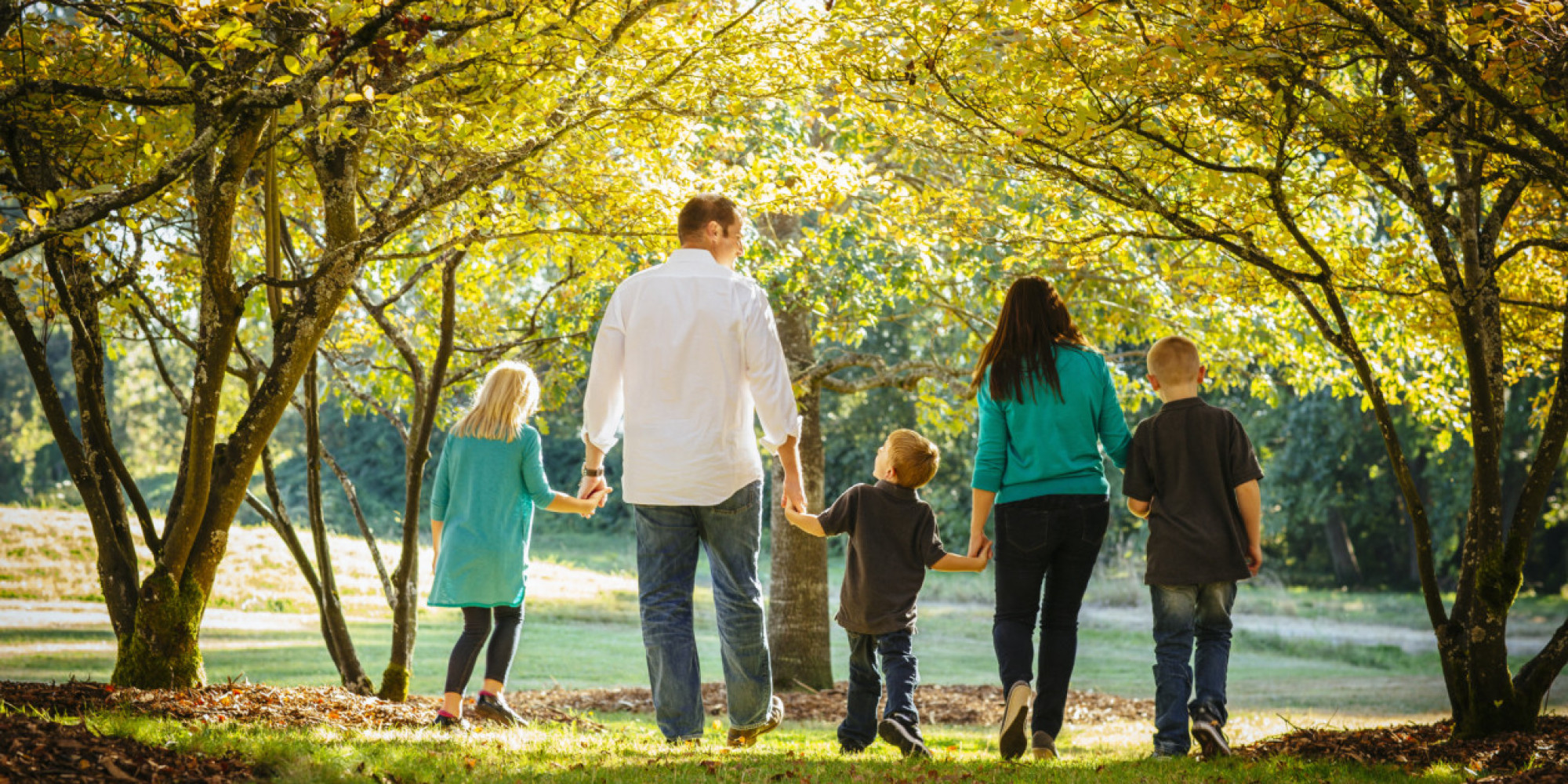"parenthood parenting and children Our approach to supporting parents is based on the belief that parents are the true experts on their children, and that there is no ""one-size-fits-all"" approach to raising children."