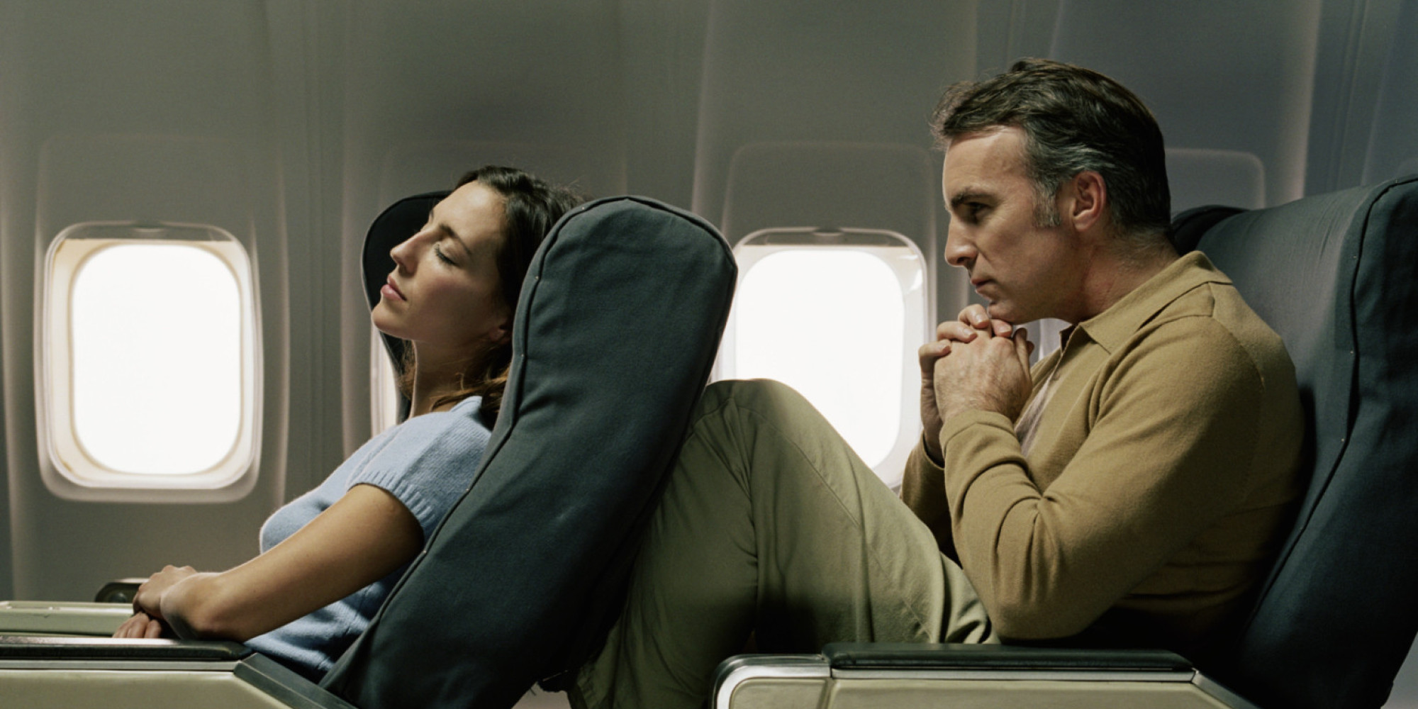 sc 1 st  Huffington Post & Americans Are On Team Recliner In The Airplane Seat Wars | HuffPost islam-shia.org