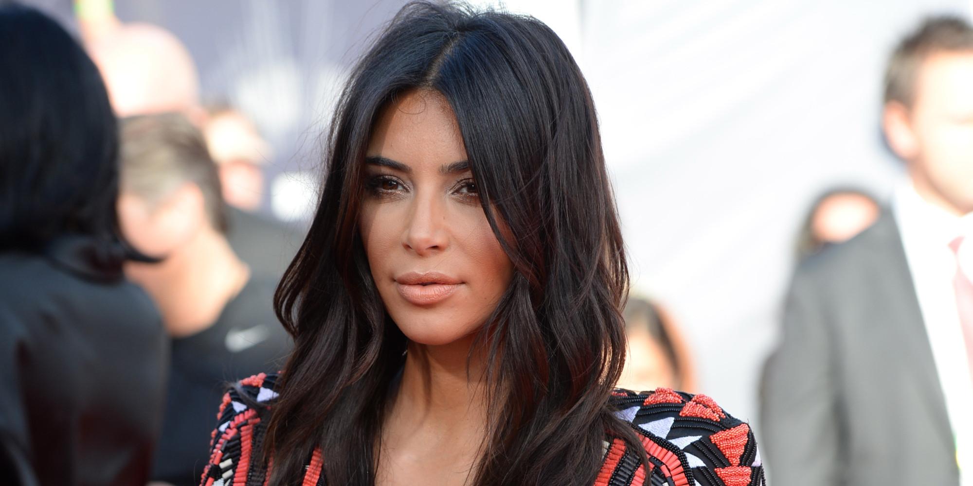 Kim Kardashian Got Her Hair Trimmed Apparently Huffpost