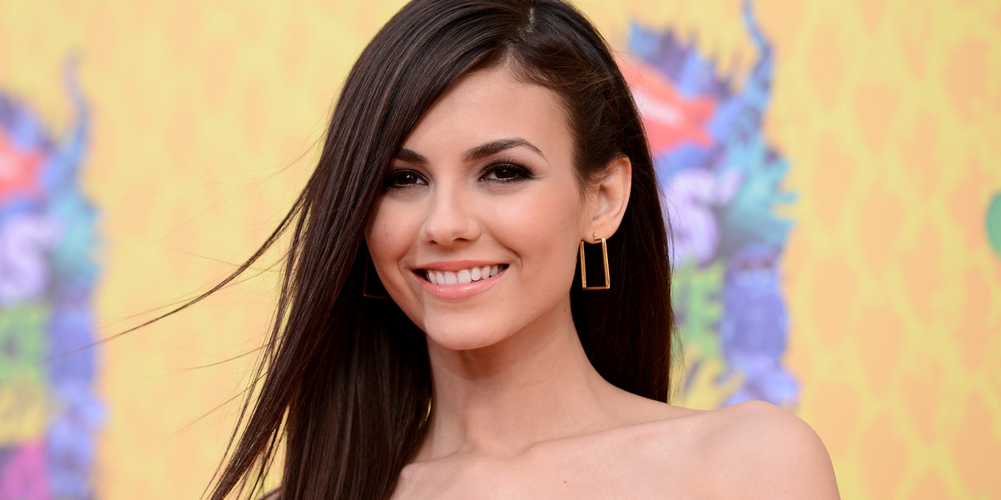 naked victoria justice