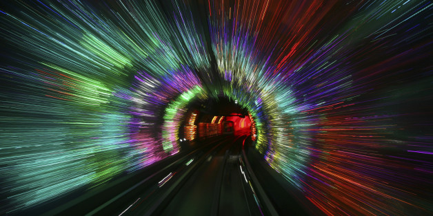 New Time Travel Simulation May Resolve 'Grandfather Paradox'