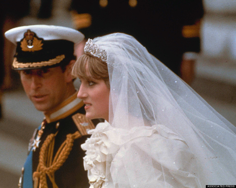 Princess Diana\'s Wedding Dress To Be Gifted To Prince William And ...