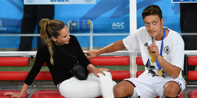 Sind Mandy Grace Capristo und Mesut Özil kein Paar mehr?