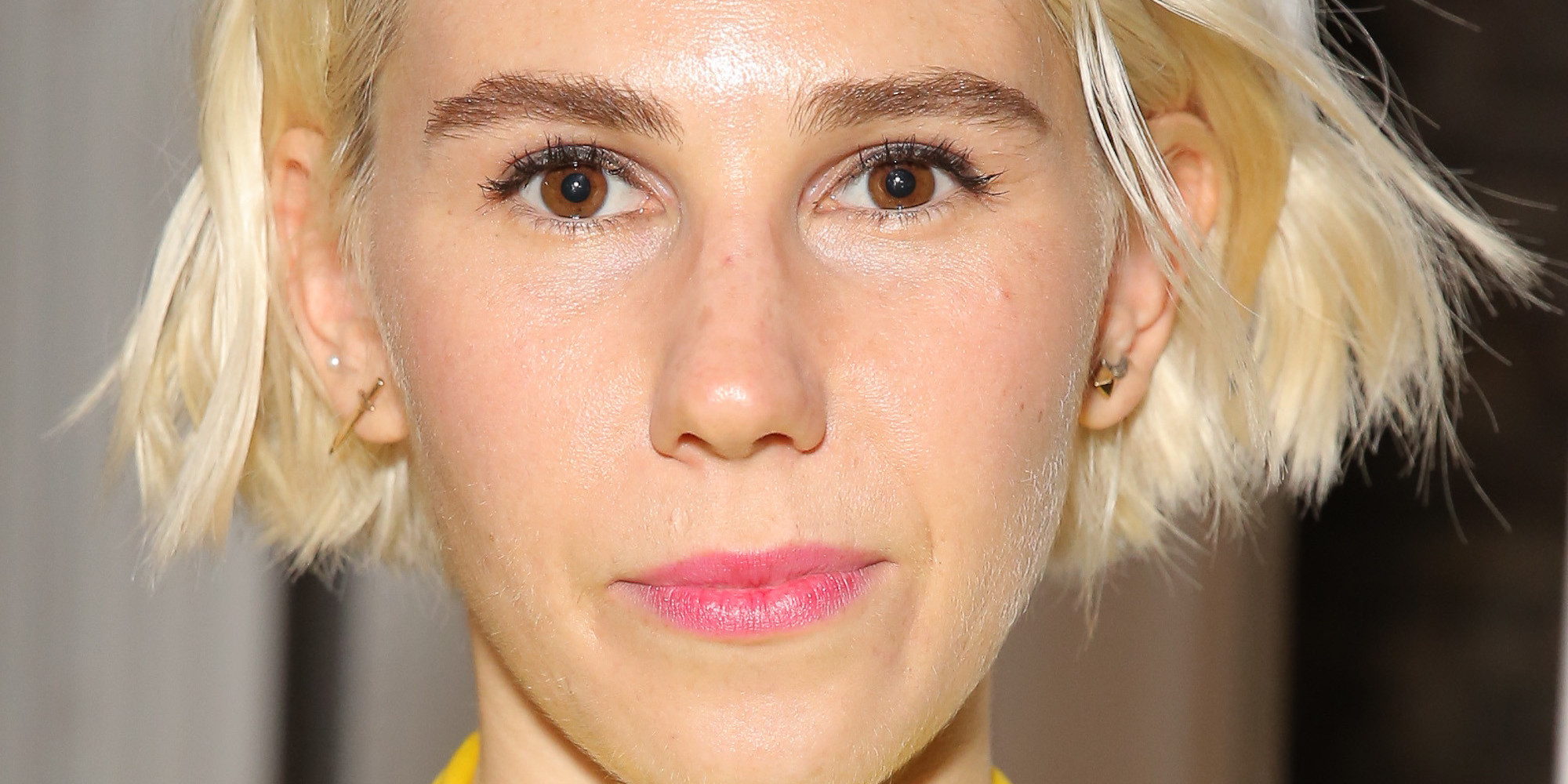 zosia mamet goes platinum blond, just like lena dunham | huffpost