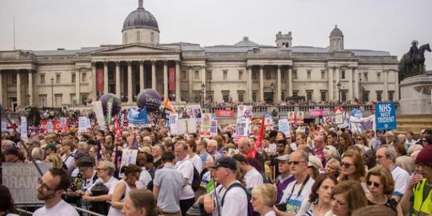 Thousands fill Trafalgar Square for the #March4NHS