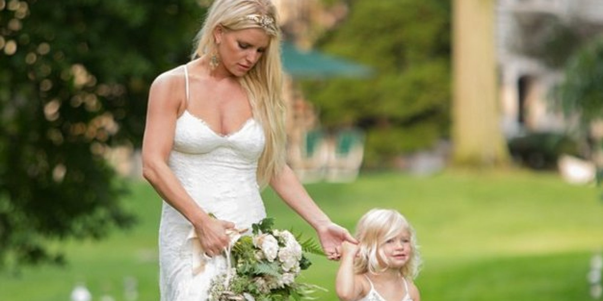 Jessica Simpson Wows In White Bridesmaid Dress At Sister Ashlee\'s ...