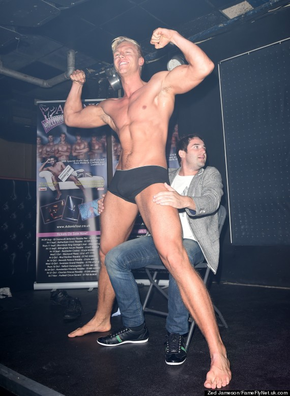 Big sexxy male stripper