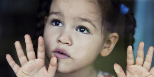 Kinder schlagen: 6 wissenschaftliche Fakten über Gewalt in der Erziehung
