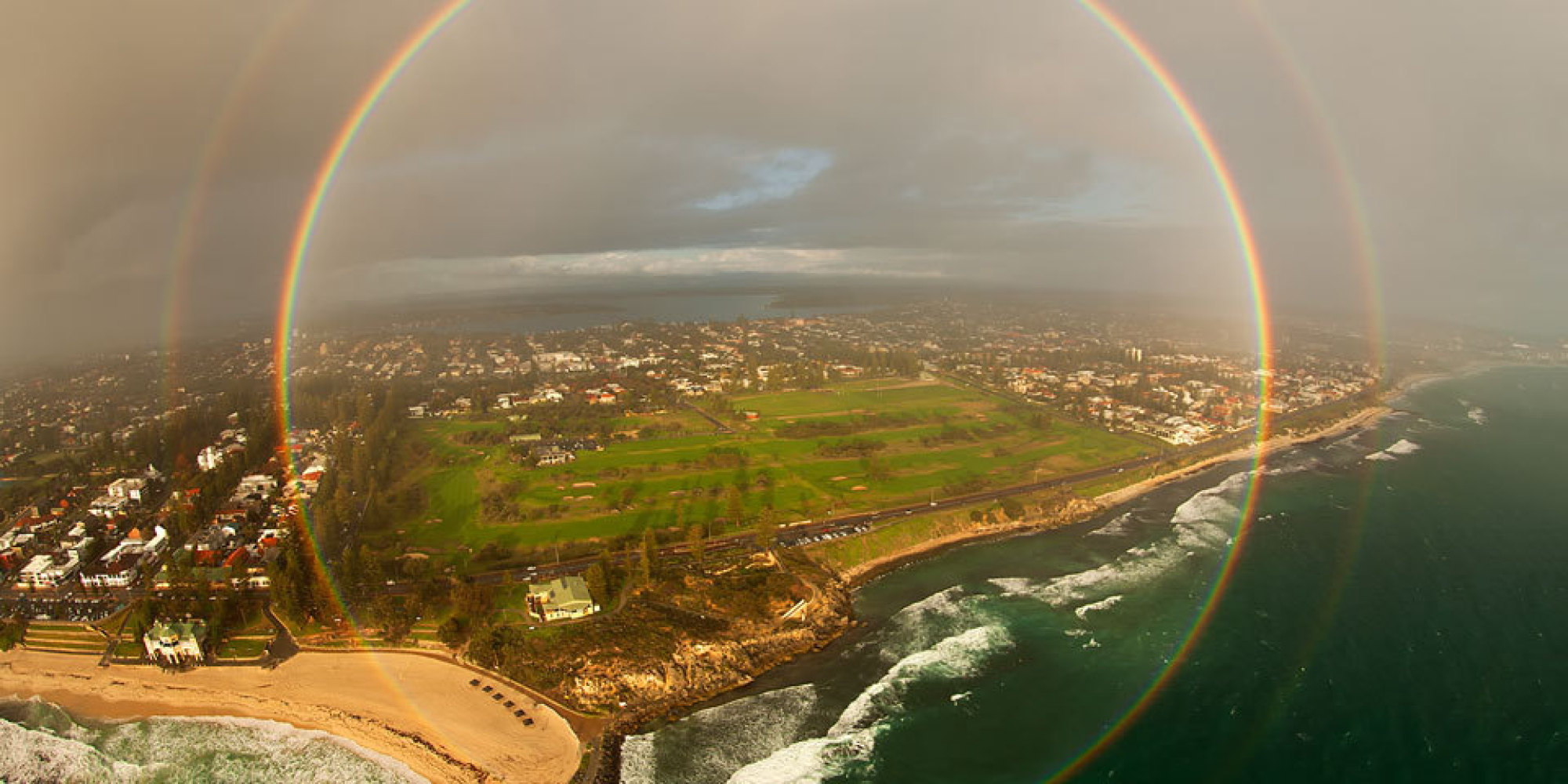 gorgeous full circle rainbow photographed over australia huffpost