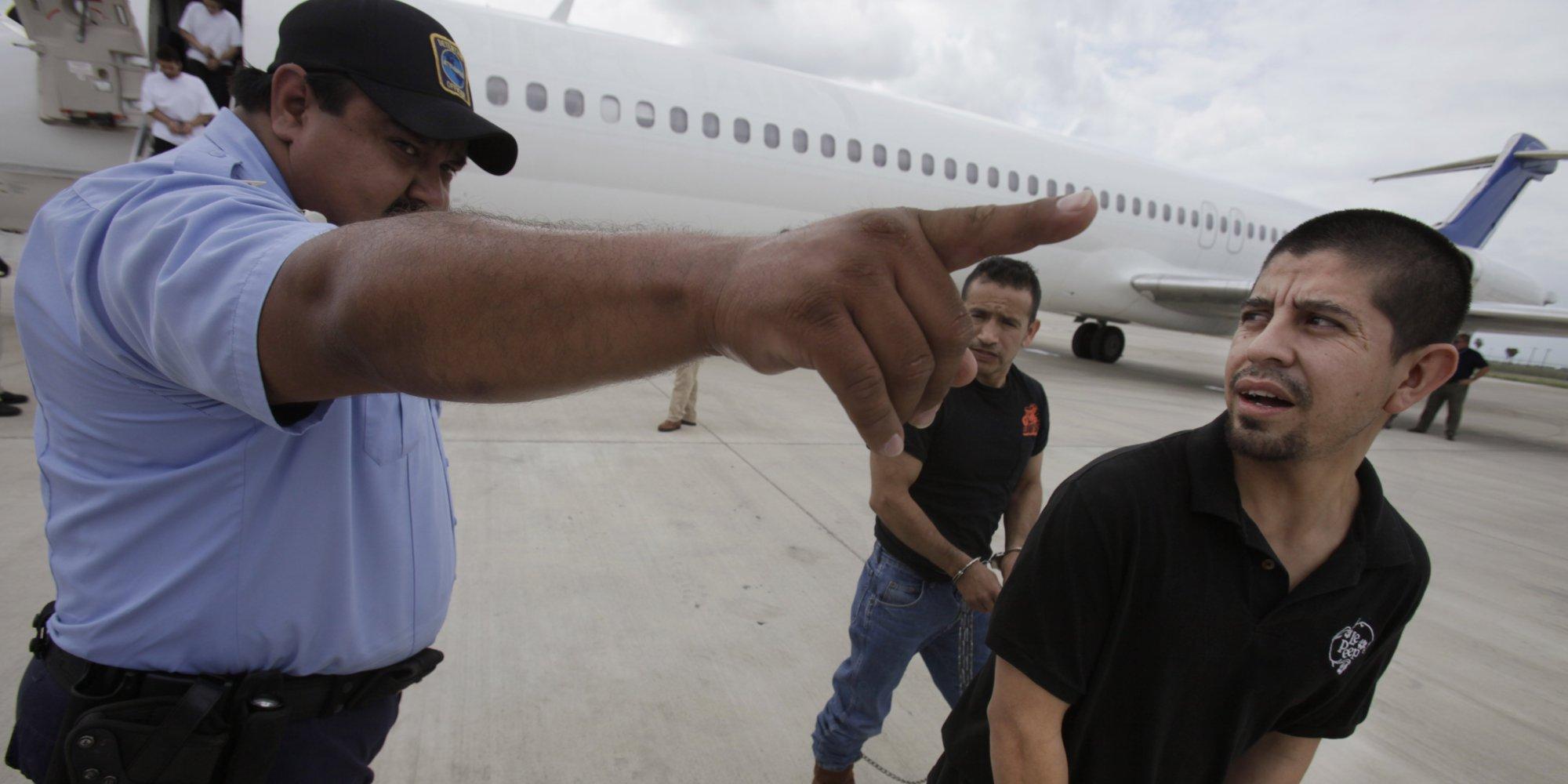 Deportaciones ilegales de EUA crecen pese a riesgo mortal: New Yorker