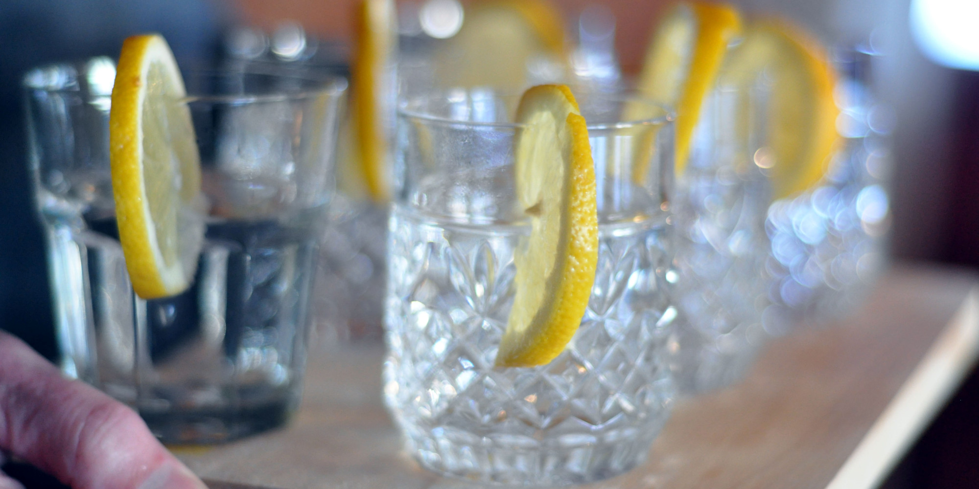 how to drink gin straight