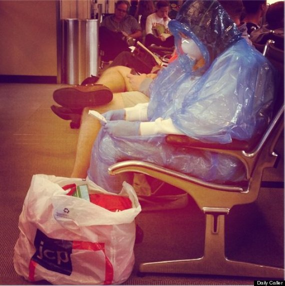 Ebola Patient Transferred By Man In Suit And No Protective Gear In Dallas