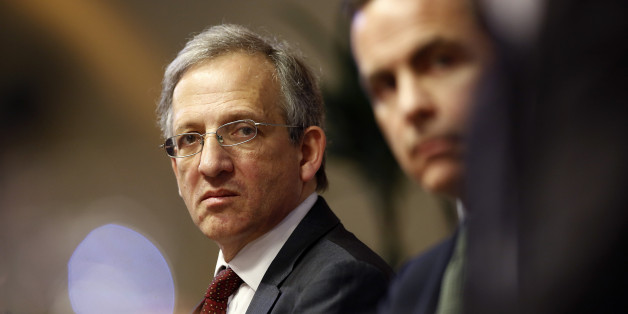 Jon Cunliffe, deputy governor for financial stability at the Bank of England, left, sits with Mark Carney, governor of the Bank of England, during the bank's financial stability report news conference at the Bank of England in London, U.K., on Thursday, Nov. 28, 2013. Carney this week extolled the strength of the economy's revival, while acknowledging that weak growth in the euro area may weigh on the export outlook and limit rebalancing of the economy. Photographer: Simon Dawson/Bloomberg via G