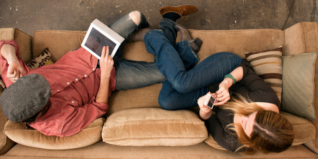 This Is How Technology Is Affecting Your Relationship