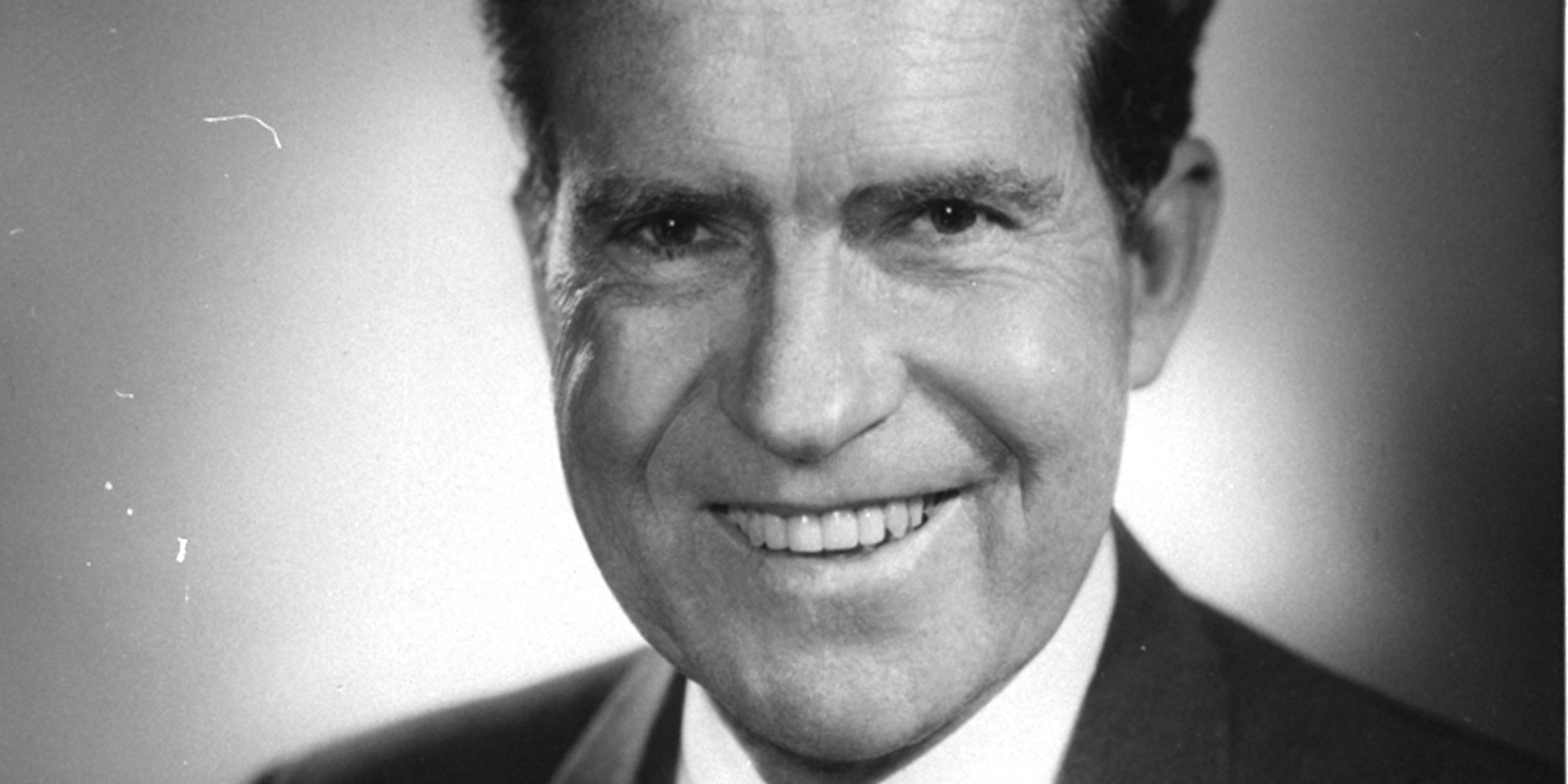 richard nixon Richard nixon (january 9, 1913 – april 22, 1994) was the 37th president of the united states, serving from 1969 to 1974, when he became the only president to resign the office.