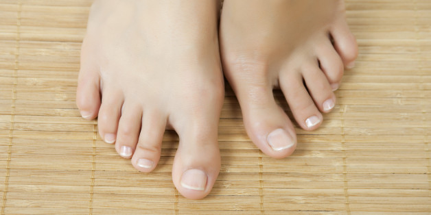 How To Snip An Ingrown Toenail The Right Way