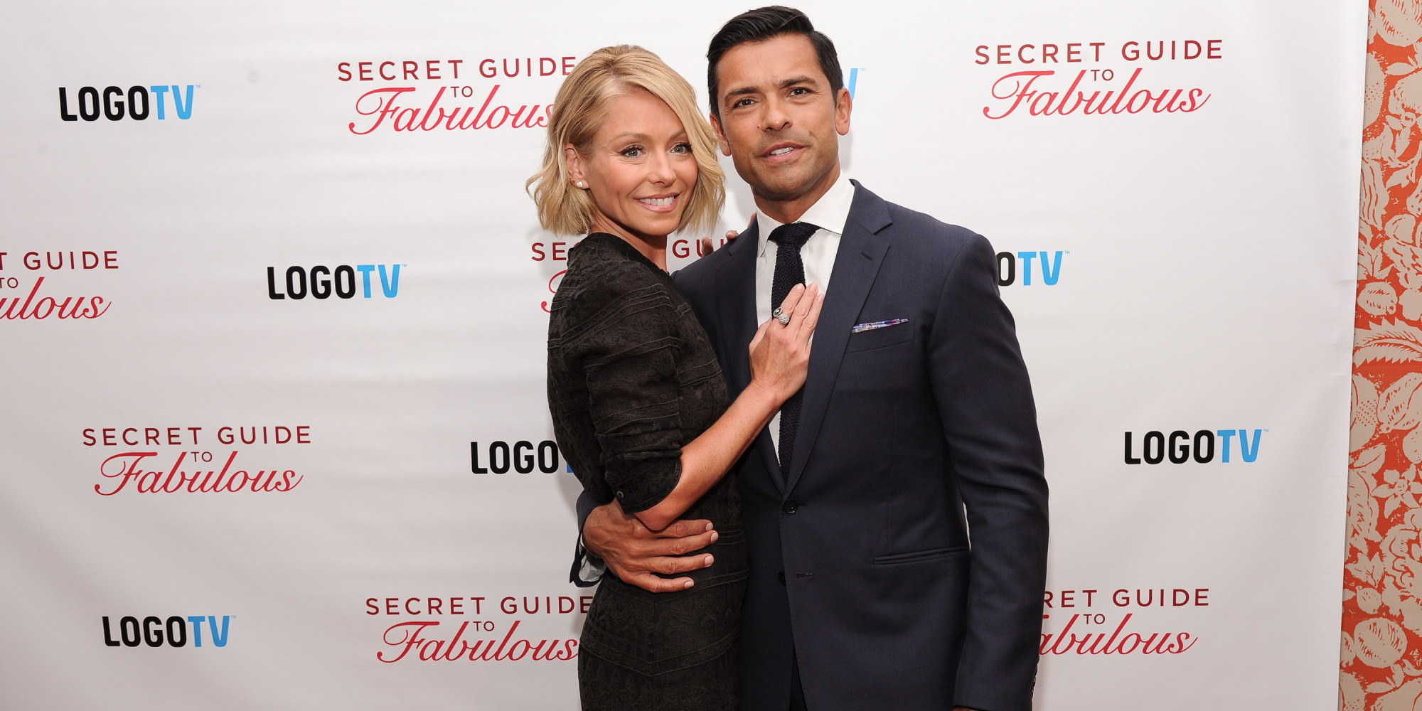 mark consuelos opens up about the first time he laid eyes