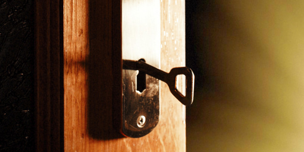 The Best Locked-Room Mysteries: When Impossible Crimes Aren't