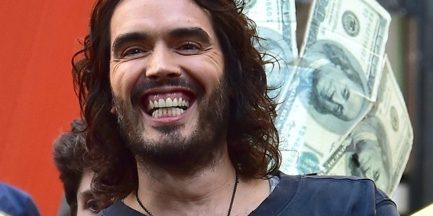 NEW YORK, NY - OCTOBER 14:  Russell Brand is seen in Wall Street on October 14, 2014 in New York City.  (Photo by Alo Ceballos/GC Images)
