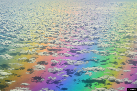 that airplane rainbow picture is lovely but about as real as nyan