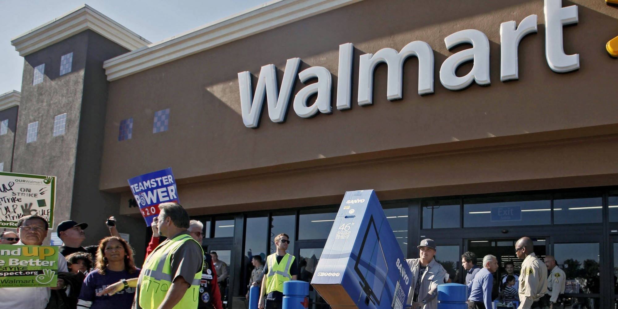 An Argumentative Essay the death of ivan illyich essay How is Wal-Mart Bad for the Community?