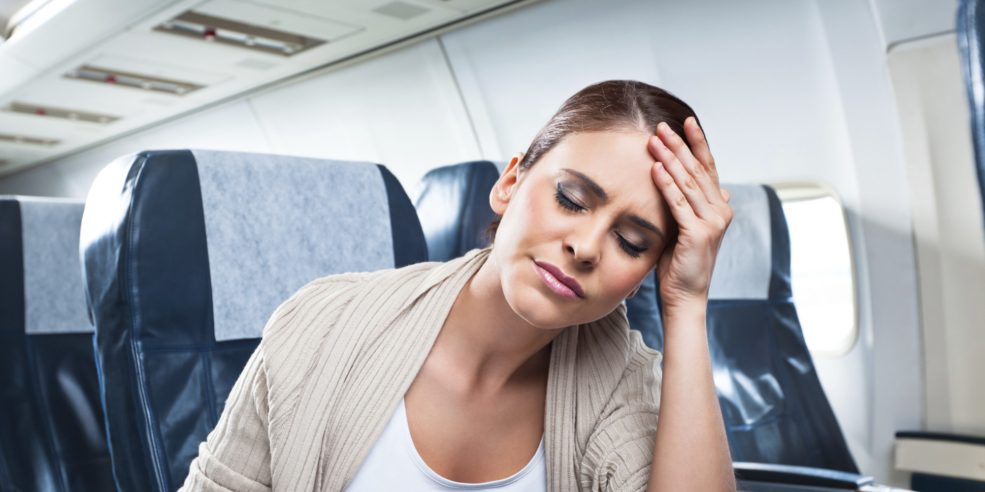 7 gadgets you should never use on a plane   huffpost  rh   huffingtonpost