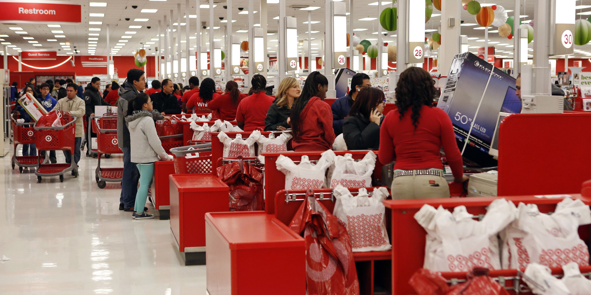 15 Stores That Will Open On Thanksgiving | HuffPost