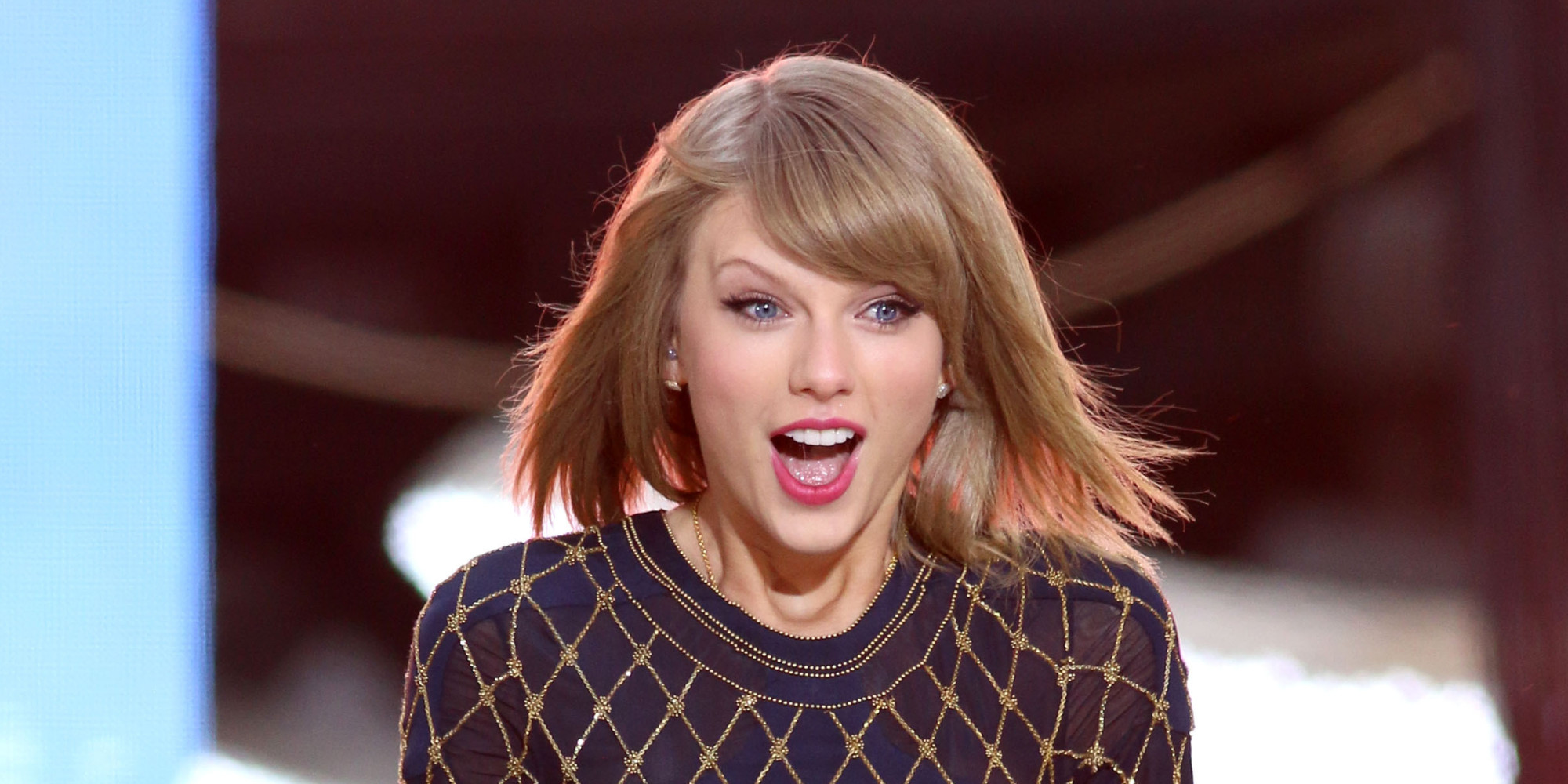 Taylor Swift Surprised A Bunch Of Fans With Early