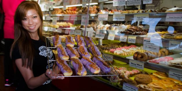 La S Mom Amp Pop Donut Shops Have Harsh Words For Dunkin