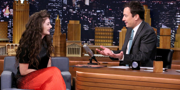 Lorde Tells The Story of How She Met Taylor Swift