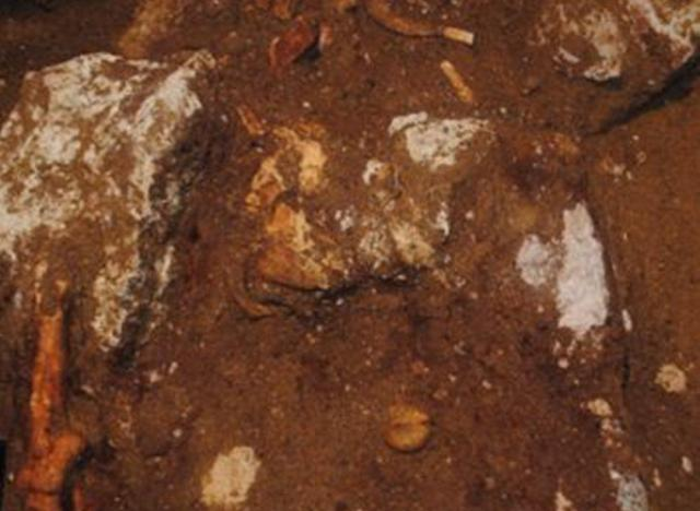 skeletos amfipoli