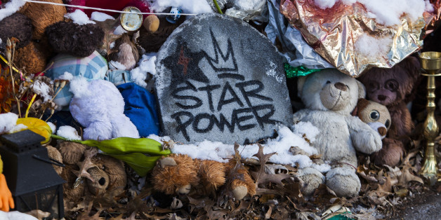 Powerful Photos Show The Evolution Of Michael Brown's Memorial Site