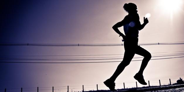 A marathonist running on the Foz do Iguaçu International Marathon, promoted by SESC PR. Foz do Iguaçu, Paraná, Brazil Maratonista durante a Maratona Internacional de Foz do Iguaçu, promovida pelo SESC PR. Foz do Iguaçu, Paraná, Brasil _________BTW______ I was a little of on vacations and other stuff. I hope to catch up (and get off the lazyness) and work on a lot new material to post here. Eu estava meio fora em férias entre outras coisas. Espero voltar (e parar com a preguiça) e trabalhar em novos materiais para postar.