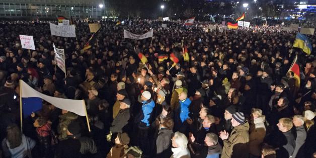 10.000 Menschen demonstrierten in Dresden für eine Verschärfung des Asylrechts
