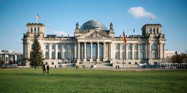 The German Reichstag inBerlin, Germany, 09 December 2014. Photo:FELIXZAHN/dpa