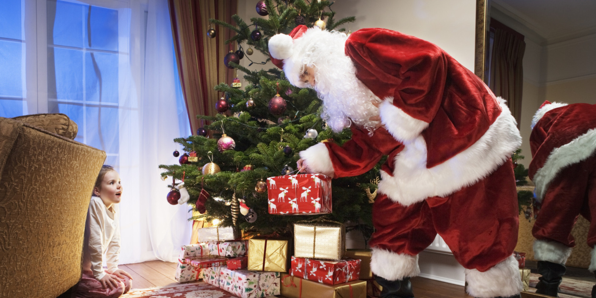 why the whole family benefits when kids believe in santa huffpost - Santa Claus With Kids