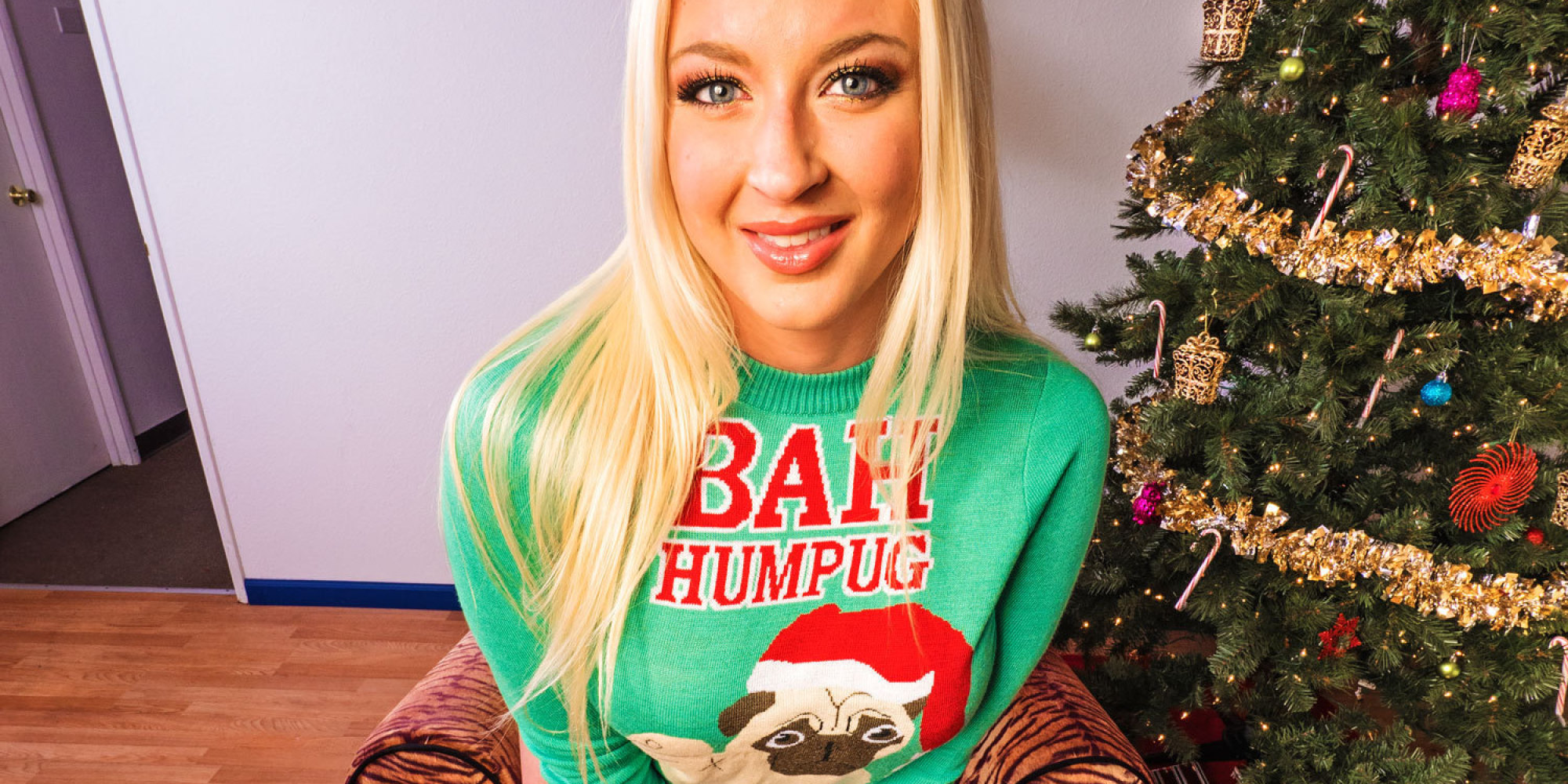 Porn Stars In Holiday Sweaters Put The X In Xmas   HuffPost