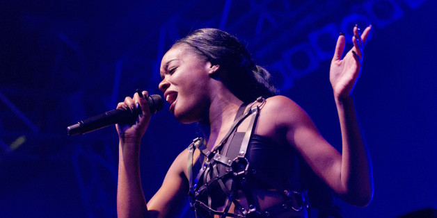 Azealia Banks takes on Iggy Azalea, music industry in general.