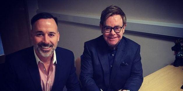 Elton John poste des photos de son mariage avec David Furnish sur Instagram