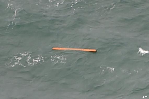 debris air asia