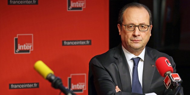 French President Francois Hollande prepares to answer journalists' questions during a live interview on French radio station France Inter on January 5, 2015 in Paris. AFP PHOTO / POOL / REMY DE LA MAUVINIERE        (Photo credit should read REMY DE LA MAUVINIERE/AFP/Getty Images)