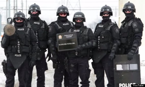 laval police riot gear