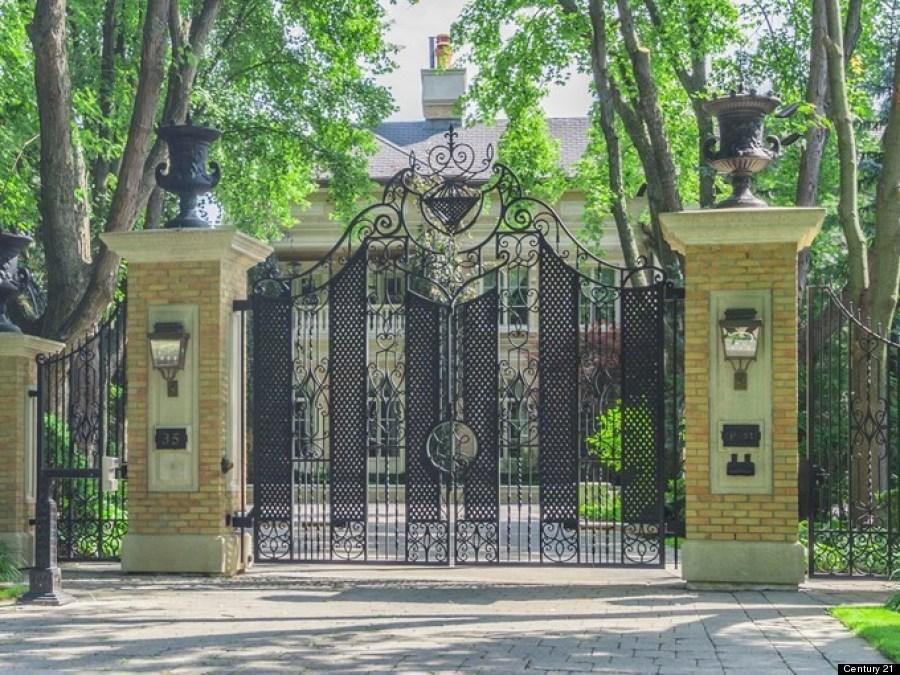 bridle path gate toronto