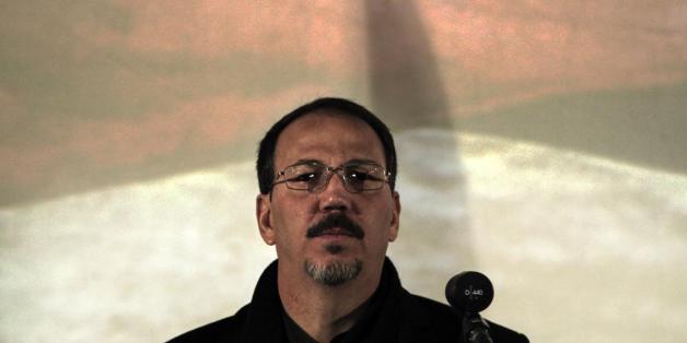 Ο Αλεχάντρο Κάστρο στη συνέντευξη τύπου για το βιβλίο του «Το τίμημα της ισχύος, η αυτοκρατορία του τρόμου»