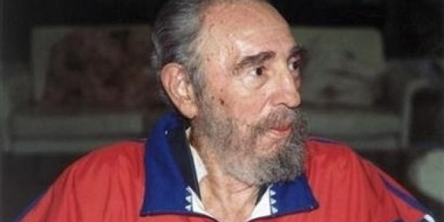 WASHINGTON (Reuters) - Cuban President Fidel Castro is very ill and close to death, U.S. Intelligence chief John Negroponte said in an interview published on Friday.