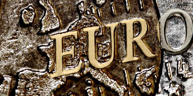 Ich war überrascht, dass sich das O von EURO in gold und silber teilt. Ist mir vorher noch nie so bewußt aufgefallen.